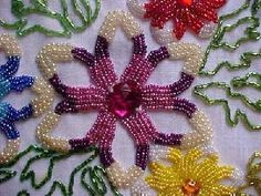 Bordados Tambour, Tambour Embroidery, Cross Stitch Embroidery, Bead Embroidery Tutorial, Hand Embroidery Projects, Embroidery Designs, Beading Projects, Beading Tutorials, Beading Patterns