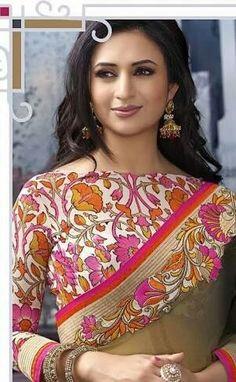 Indian TV Actor Divyanka Tripathi (Ishita) So Beautiful in Kashmiri embroidery inspired  Saree and Choli Blouse. Indian Fashion via @topupyourtrip