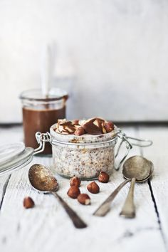Oovernight oatmeal with bananas and hazelnuts.