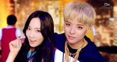 Amber explains how she got Taeyeon to feature in 'Shake that Brass' | http://www.allkpop.com/article/2015/02/amber-explains-how-she-got-taeyeon-to-feature-in-shake-that-brass