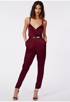 The wrap is back - and better than ever. This silky feel oxblood jumpsuit features a sexy wrap front and elasticated waist - this beauty has certainly made its way to the top of our wish list! Finish the look with suede oxblood barely there...