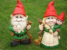 These Gnomes are from Gentucky, Norway where walking sticks and brooms are made from the Pinus Curlius. They are hesitant to have photos taken as all might come to Gentucky to buy one.