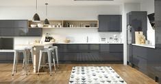 The Mackintosh Integral Gloss Anthracite kitchen comes in a modern style with a gloss finish. Browse the kitchen features and find a retailer near you. Cozy Kitchen, New Kitchen, Kitchen Dining, Kitchen Seating, Grey Kitchens, Bespoke Kitchens, Modern Kitchens, Fitted Kitchens, Kitchen Modern