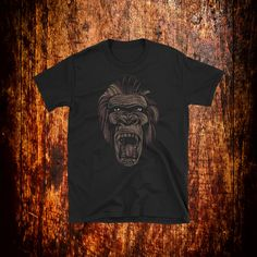 Gorilla Graphic Shirt | Wildlife Shirt | Animal Shirt | Retro Shirt | Graphic T Shirt | Animal Lover Shirt | Nature Shirt | Jungle Shirt by 2Steps2Fashion on Etsy