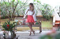 Look do dia, Closet de Maria, Saia rosa babado, blusa de seda branca, bolsa schutz yasu michino, varanda, style (8)