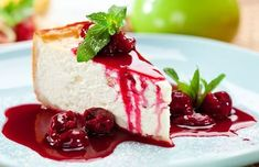 Looking for low carb dessert recipes? Here's a YUMMY low carb cheesecake recipe that my family absolutely loves. Click through to check it out! National Cheesecake Day, National Dessert Day, Low Carb Desserts, Fun Desserts, Dessert Recipes, Super Torte, Low Carb Cheesecake Recipe, American Desserts, Queso Fresco