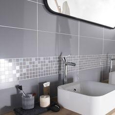 Adapté à la douche:Oui, mur uniquement                                                                                                                                           Epaisseur (en mm):9                                                                                                                        ... Modern Bathroom Design, Bathroom Interior Design, Healthy Snacks For Kids, Loft, Architecture Design, Sweet Home, Sink, Bathtub, House