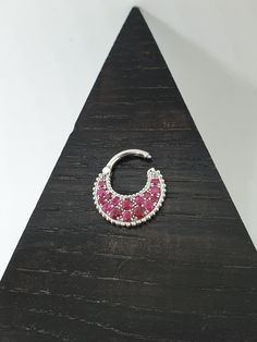 Septum Clicker 14k White Solid Gold Degrade Ruby Stones - Daith Piercing 16G - Nose Ring - Piercing Jewerly 18G - Helix Earrings 14G Helix Jewelry, Helix Earrings, Cartilage Earrings, Drop Earrings, Septum Clicker, Daith Piercing, Septum Ring, Solid Gold, White Gold
