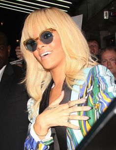 Rihanna's ombre-tipped mani.