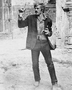 "Robert Redford as ""The Sundance Kid"" in ""Butch Cassidy and the Sundance Kid"", 1969 Paul Newman Robert Redford, Cowboy Films, Katharine Ross, Jonathan Safran Foer, Sundance Kid, Andy Garcia, Ellen Pompeo, Dapper Men, Le Far West"
