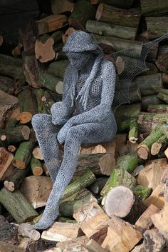 """""""Crystal"""" Derek Kinzett Chicken Wire Sculptures 2013. Photograph Mark Stokes photography."""
