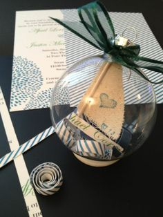 Inspiration for Christmas wedding ornament favors Wedding Christmas Ornaments, Ornament Wedding Favors, Christmas Bulbs, October, Gift Wrapping, Bride, Holiday Decor, Amazing, Winter
