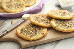 Everything Mashed Potato Flatbread I'm in love with this easy to make light and fluffy Gluten Free Everything Mashed Potato Flatbread recipe. It's inspired by what once wasmy favorite snack, …