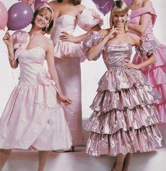 dcf3b9db59a1 80s Fashion, Fashion History, Vintage Fashion, Dolly Fashion, Vintage  Dresses, Vintage