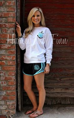 Monogrammed Tee Shirt and Shorts. White shirt with maroon on pocket. Black, maroon, and white shorts with maroon monogram. Zine, Summer Outfits, Cute Outfits, Summer Clothes, Monogram Shirts, Preppy Monogram, Monogram Design, Athletic Outfits, Unisex