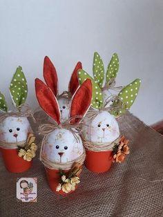 New crochet projects spring easter eggs ideas Easy Easter Crafts, Easter Projects, Easter Decor, Easter Bunny, Easter Eggs, Diy And Crafts, Crafts For Kids, Easter Crochet Patterns, Basket Decoration