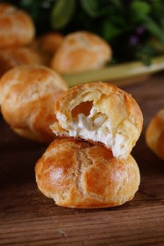 Mini Herbed Goat Cheese Puffs / Patty's Food / Perfect Holiday Appetizer