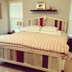 Love this bed made of wood pallets
