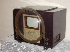 Old tube TV with a magnifying glass Vintage Television, Television Set, Tvs, Retro Radios, Antique Radio, Tools Hardware, Vintage Tv, Old Tv, Tv On The Radio