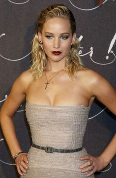 """Jennifer Lawrence At The """"Mother!"""" Premiere In Paris"""