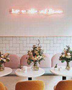 feminine interior design and pink color palette. mood board and graphic design inspiration. Design Shop, Café Design, Coffee Shop Design, Cute Coffee Shop, Design Ideas, Graphic Design, Design Styles, Restaurant Design, Decoration Restaurant