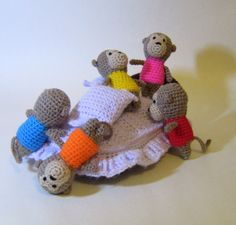 Crochet/Amigurumi: Nursery Rhyme Five 5 Little Monkeys Playset - Finished Product by IncyWincyMeCreations on Etsy