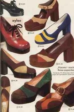 court shoes show the emphasis on platform shoes and bright accent colors of the decade. Look Vintage, Vintage Mode, Vintage Shoes, Vintage Outfits, Vintage 70s, 70s Shoes, Me Too Shoes, Costume Année 70, Nerd Costumes