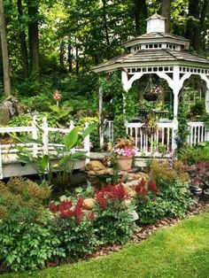 15 Beautiful Metal Or Wooden Gazebo Designs And Garden Pergola Ideas