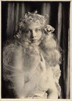 Esther Ralston. Charles Gates Sheldon.
