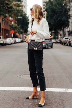 Fashion Jackson Wearing Everlane White Crewneck Sweater Everlane Black Cropped Jeans Chanel Slingbacks Chanel Black Boy Bag 1 Source by fashion_jackson fashion classy Classy Outfits, Pretty Outfits, Stylish Outfits, Fashion Outfits, Women's Fashion, Office Outfits, Fashion Weeks, Fashion Watches, Fashion Styles