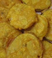 Surinaams eten!: Boulanger (aubergine) in plakken gefrituurd
