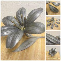 Mid Century S Agudo Type Patent Pend Flower Art Nouveau Petal Ashtray Sculpture