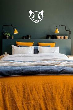 Où trouver le plus beau linge de lit en lin ? Chez Harmony Textile Where can I find the most beautiful linen bed linen? At Harmony Textile Bedroom Orange, Gray Bedroom, Trendy Bedroom, Home Bedroom, Modern Bedroom, Bedroom Decor, Bedrooms, Bedroom Ideas, Quirky Bedroom