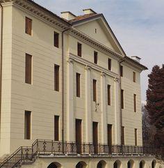 Villa De Manzoni ai Patt di Sedico Belluno Dolomiti Veneto Italia