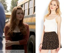 Lydia Martin (Holland Roden) wears this floral skirt in this week's episode of Teen Wolf. It is the Forever 21 Ditsy Floral [...]