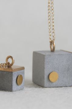 Concrete jewelry by Hadas Shaham Cement Jewelry, Clay Jewelry, Jewelry Crafts, Jewellery, Claire's Accessories, Bridesmaid Accessories, Concrete Crafts, Concrete Art, Simple Earrings