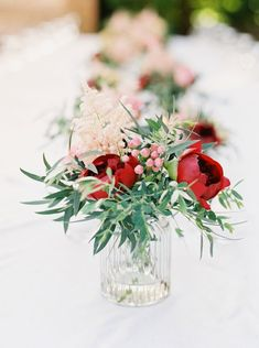Destination wedding in Tuscany red, blush and green wedding florals | Weddings | Floral Decorations | Flowers | Wedding Decor | #flowers #weddingdecor #weddings #floraldesigns | https://www.starlettadesigns.com/
