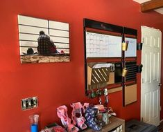 #1THRIVE #1THRIVECenters #WallOrganization #WallOrganizers #GoalSetting #ThriveWithUs #OneHomeOneWall #CommandCenter #HomeCommandCenter Home Command Center, Wall Organization, Setting Goals, First Home, Starter Home