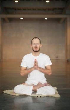 Картинки по запросу преподаватель йоги