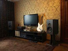 vintage hifi Living Room Setup, New Living Room, Turntable Setup, Music Man Cave, Sound Room, Home Studio Music, Audio Room, Interior Inspiration, Sweet Home