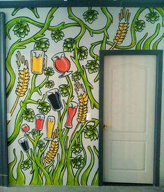 """Serie de murales para """"Club de cervezas"""" bar cervecero ubicado en el centro de Quillota, V Región, Chile."""