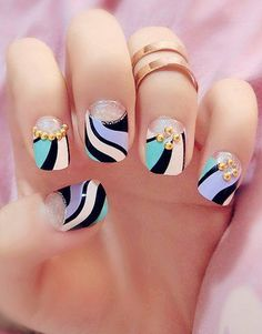 Colored Stripe Pattern Embellished Nail Art ==