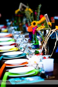 Colorful table settings for weddings nycweddingvenues Nyc Wedding Venues, Affordable Wedding Venues, Trendy Wedding, Our Wedding, Luxury Wedding, Wedding Dress, Design Stand, Design Design, Wedding Ceremony Pictures
