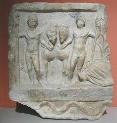 Representación clásica de Cástor y Pólux. Sarcófago romano.