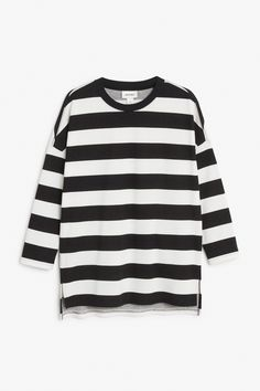 Monki Image 1 of Oversized sweater  in Off white