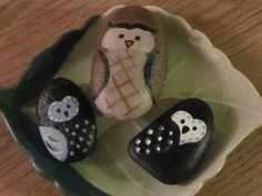 made by @Lynne Christopher #Rock #owls