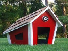 Free Doghouse building plans| Find links to FREE dog house plans ...