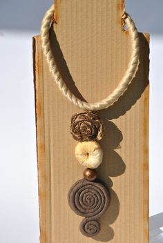 Textile long necklace rope rose donut pearl spiral di comivishop €42,00