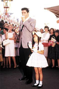 "elvis - It Happened at the World's Fair"""