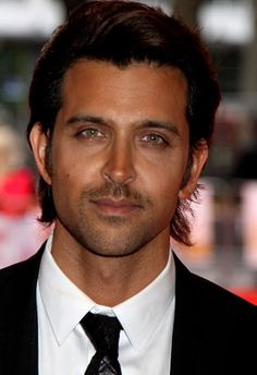 Hrithik Roshan - The color of his eyes are to die for ♥